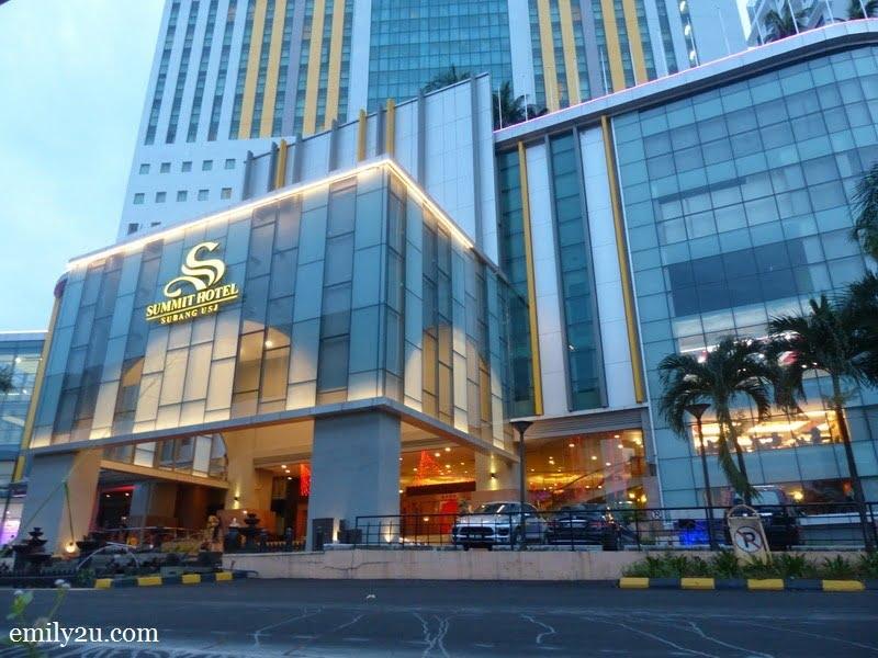 1. Summit Hotel Subang USJ
