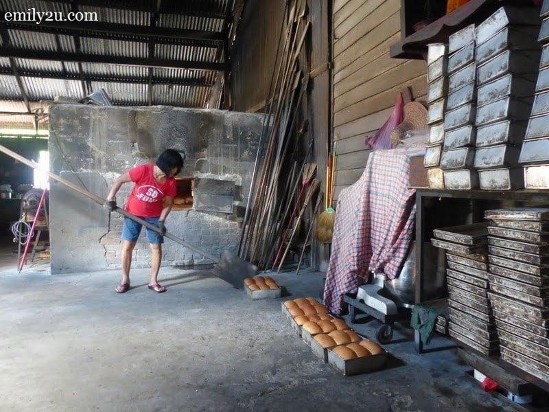 15. a visit to Kim Hock Bakery, Ayer Tawar