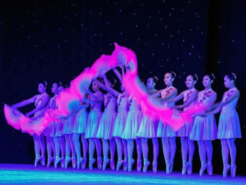 2. Chinese dance