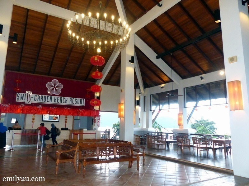 2. spacious lobby