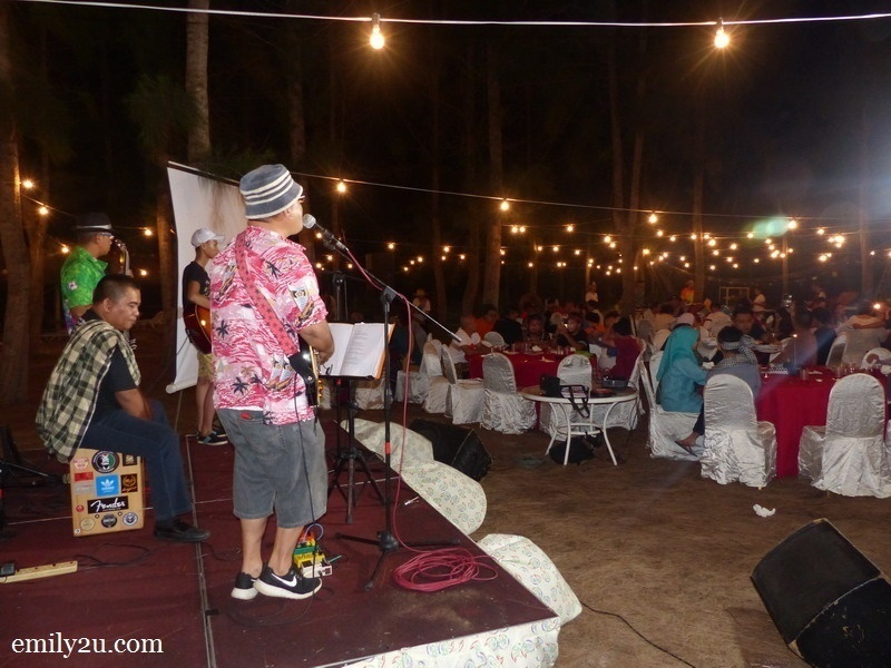21. beach gala dinner with 'fisherman' theme