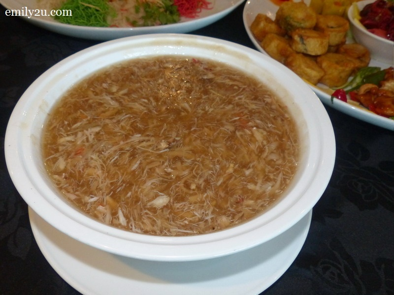 Braised Crab Meat Soup with Dry Scallop