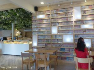 5 Purple Moon Lover Cafe