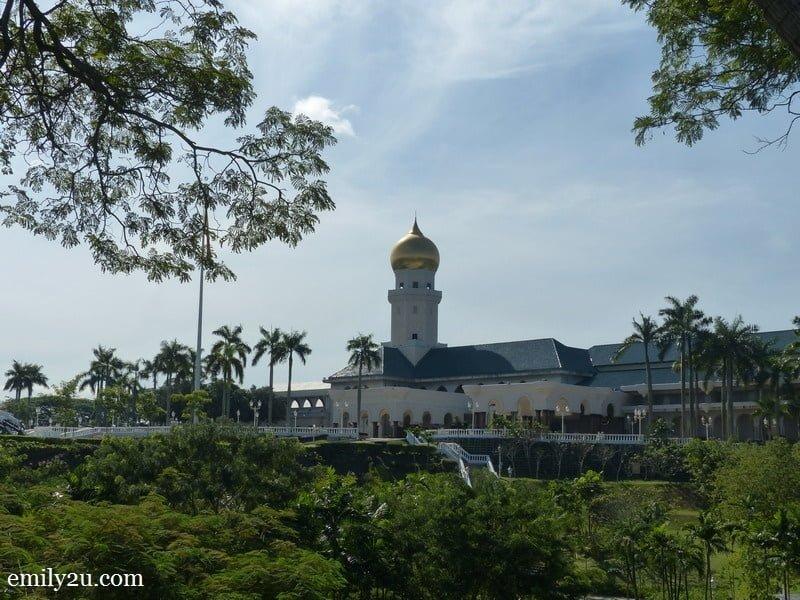 6. Alam Shah Palace