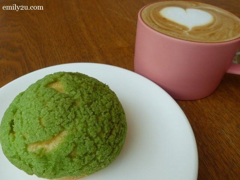 7. matcha cream puff (RM2.50) & cappuccino