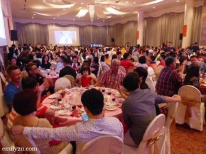 8 Chinese New Year reunion dinner