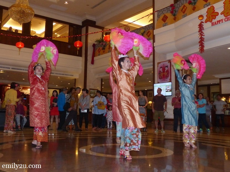 10. the Nyonya fan dance