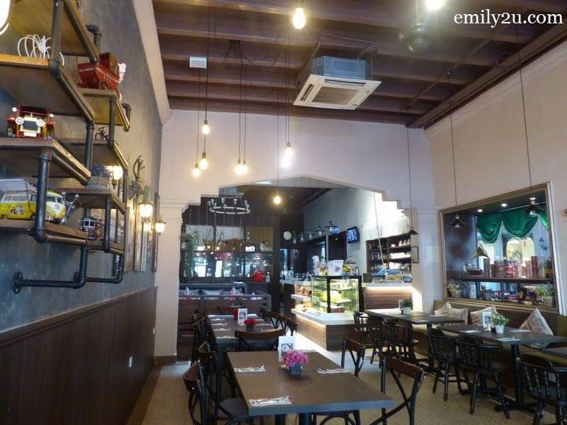 15. Auction Rooms Café