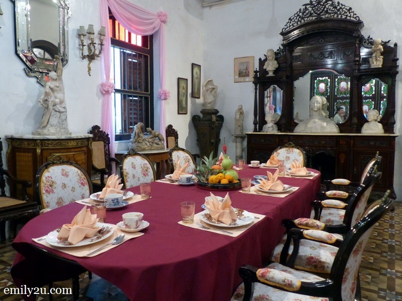 6. another Western-style dining room