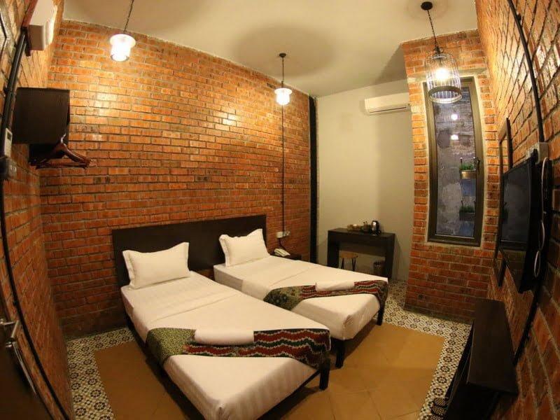 11. Deluxe Twin Room