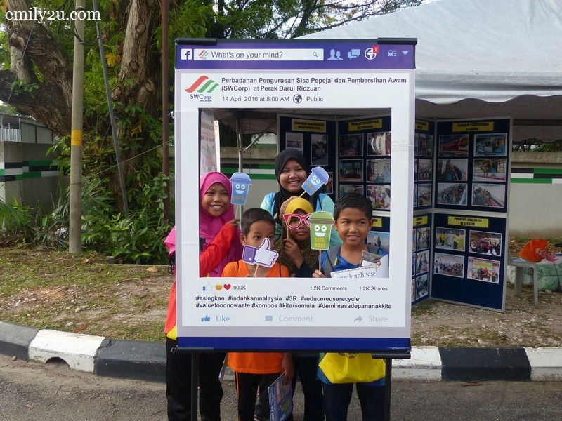 14. junior visitors take a photo at the SWCorp booth