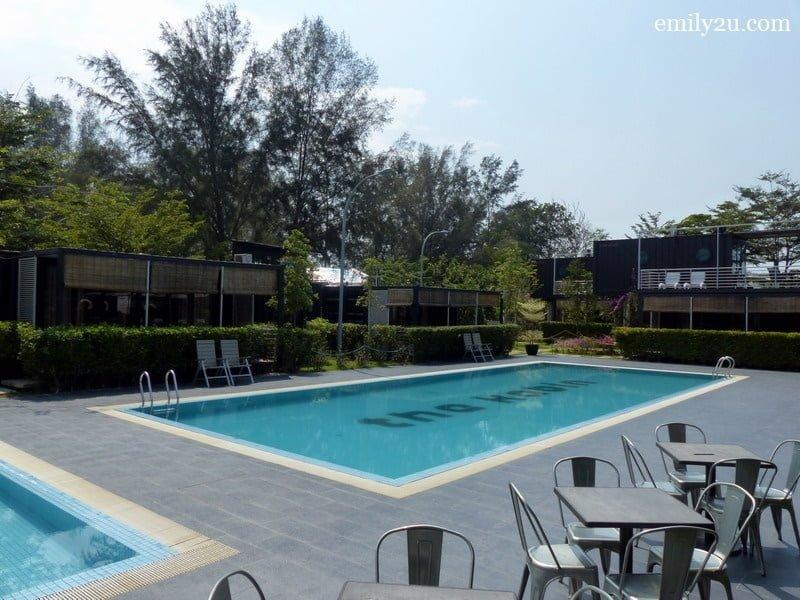 3. sprawling resort