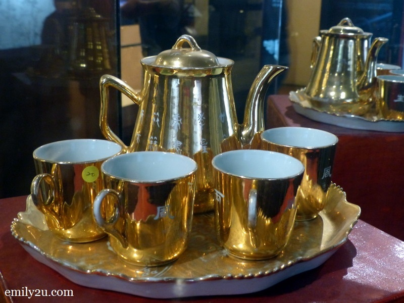 8. porcelain coffee set