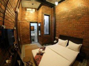 4 Deluxe Double Bedroom