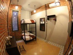 9 Standard Twin Bedroom