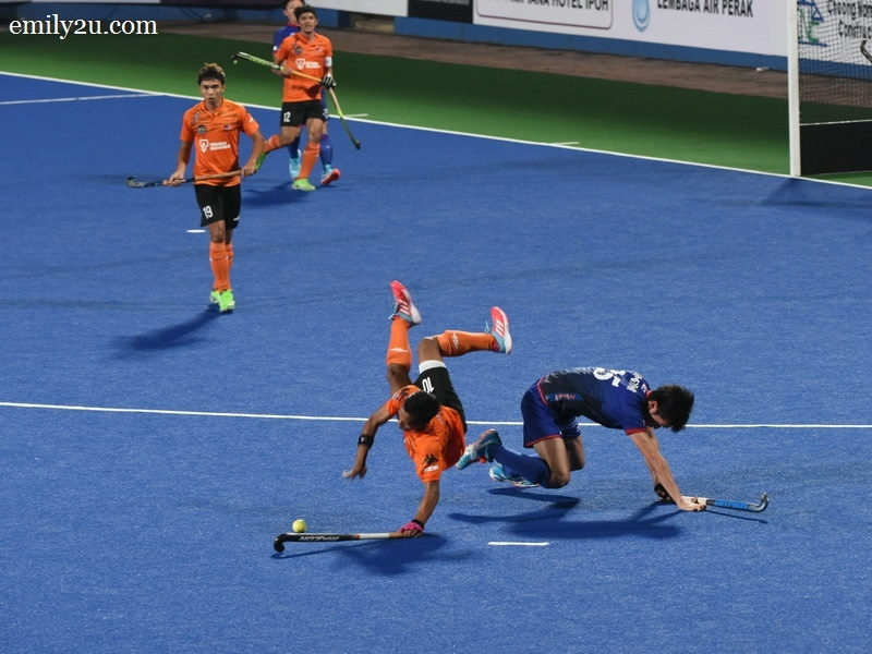 3. players take a tumble