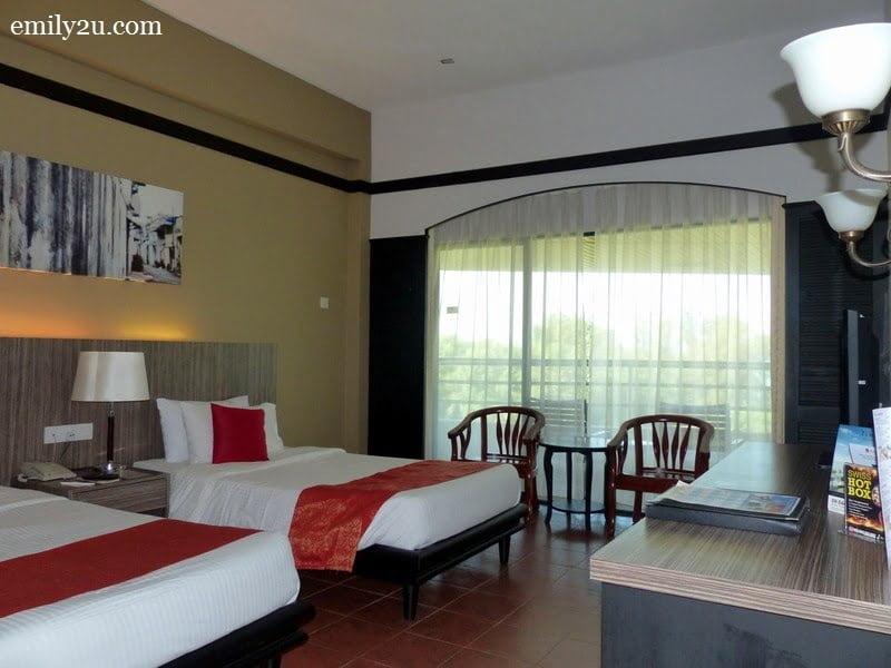 3. sea-facing twin bedroom