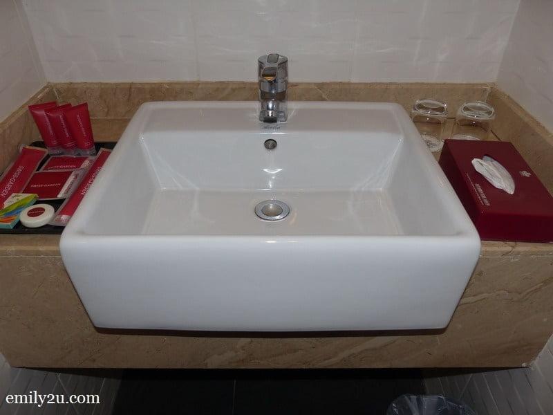 7. wash basin