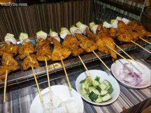 16 satay gadang ayam