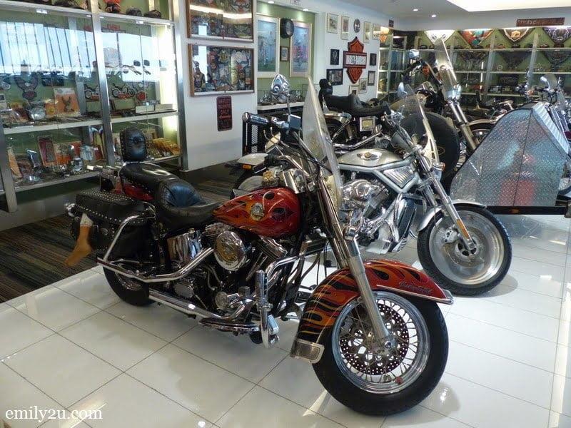 18. Harley-Davidson corner