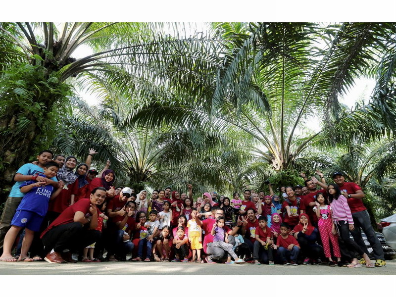 18. our group photo, with more than 70 pax