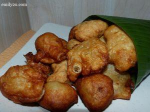 20 cucur durian