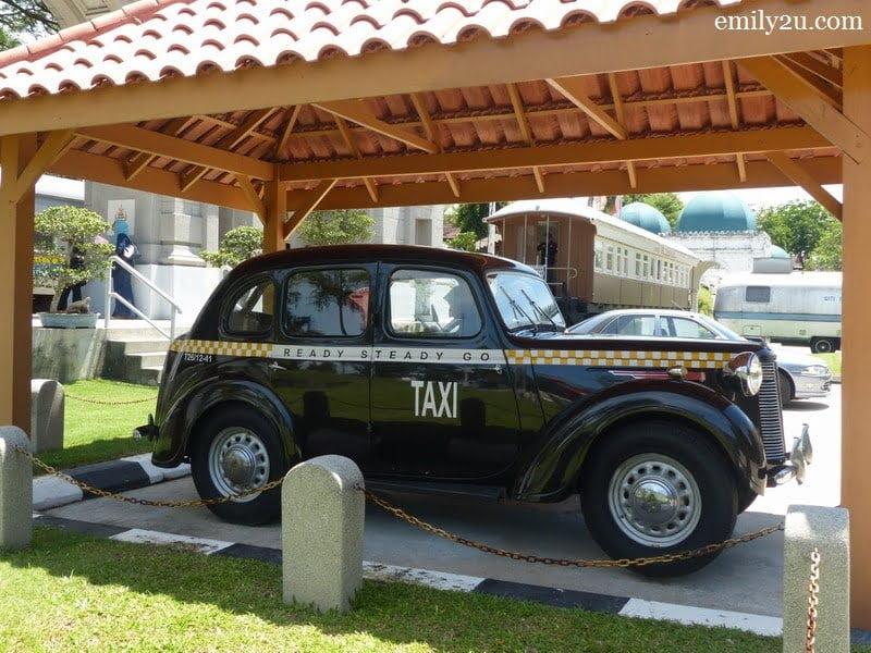 22. taxi