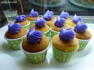 23 durian muffins