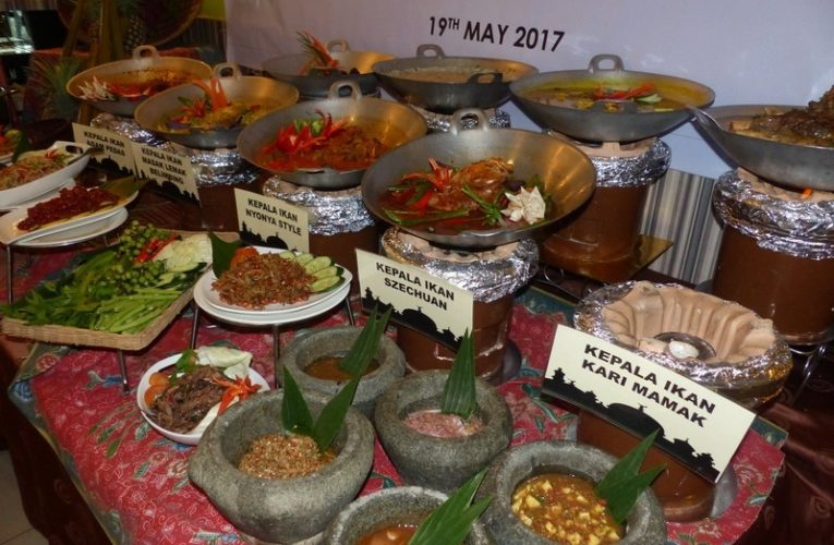 Buka Puasa with 5-Star Fish Head Dishes & Lip-Smacking Durian Desserts @ Impiana Hotel Ipoh