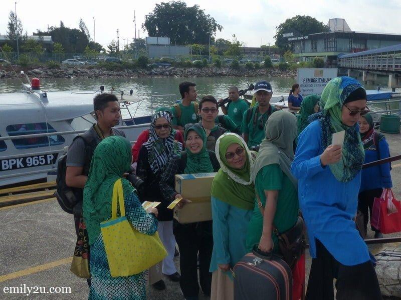 3. boarding the boat to Pulau Ketam