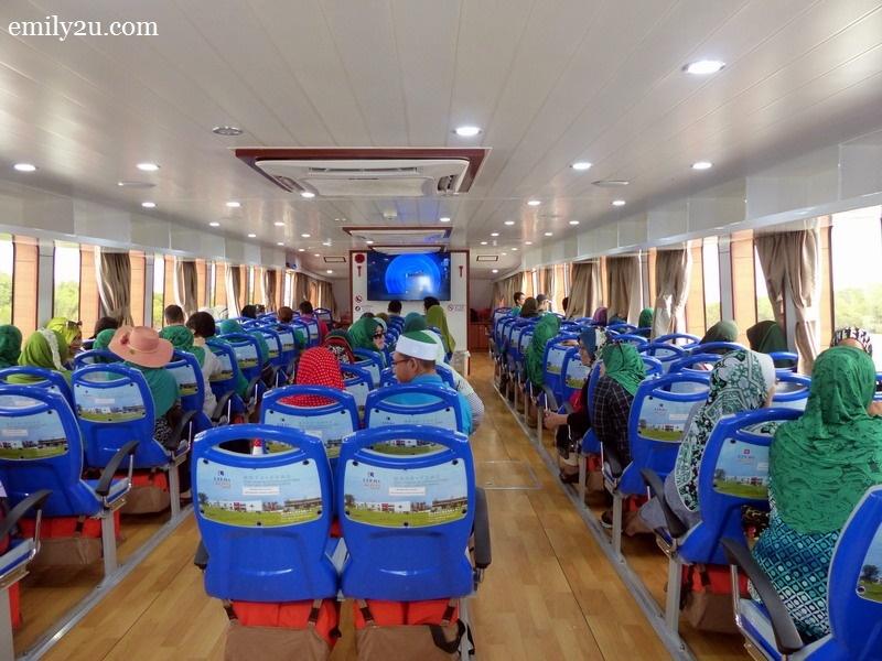 5. Alibaba's indoor passenger cabin with air-conditioning and toilet facilities