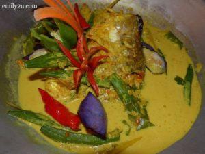 7 kepala ikan masak lemak belimbing