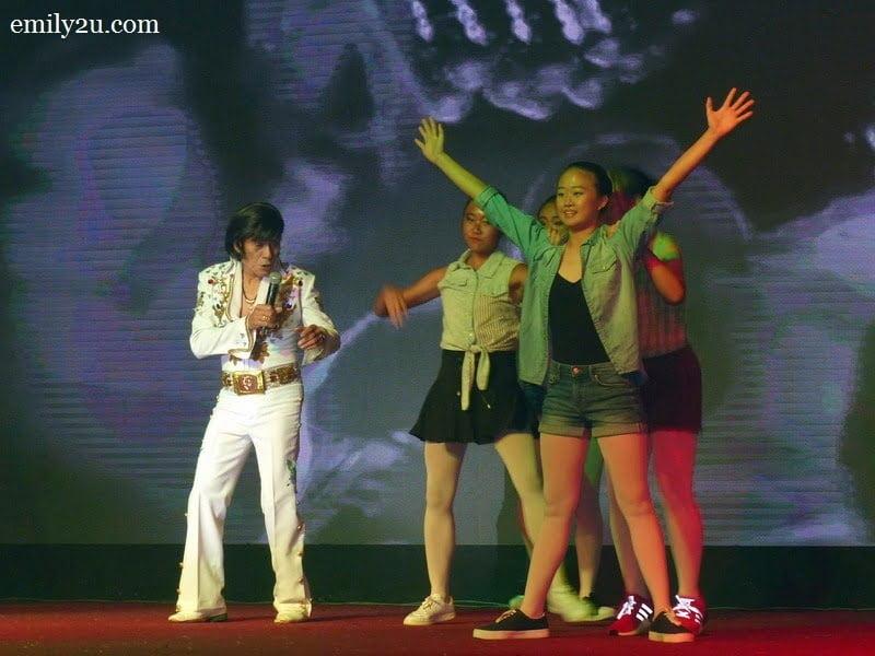 8. Paul Lee, Elvis Presley impersonator