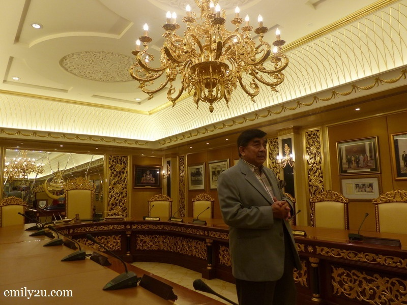 9. one of the wise men, Y.A.D Dato' Setia Diraja, Dato' Abdul Ghani bin Pateh Akhir, in the Royal Council Room