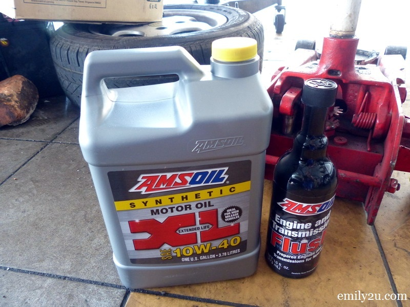 1. Amsoil 10w40 XL Series fully synthetic engine oil (L) & Amsoil Engine Flush (R)