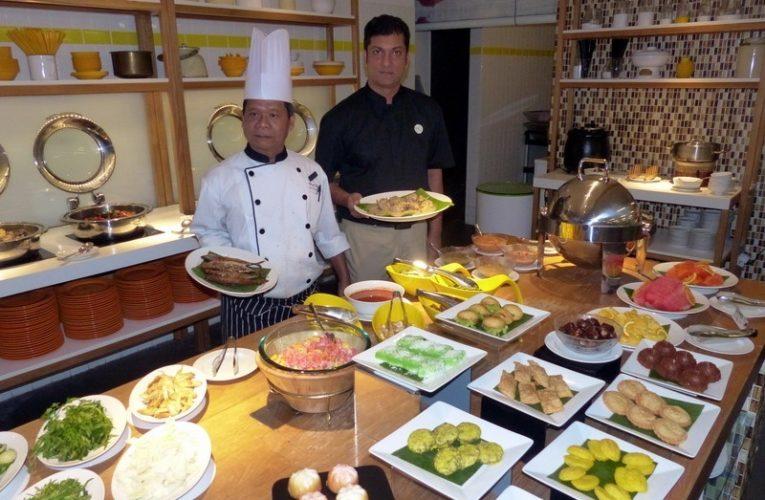 Selera Kampung Ramadhan Buffet Dinner at MÜ Hotel, Ipoh