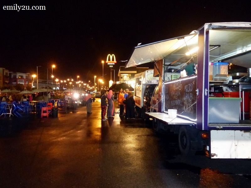 1. Silver State Food Trucks at Meru Raya, Ipoh