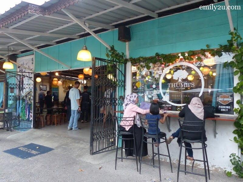 1. Thumb's Café, Ipoh