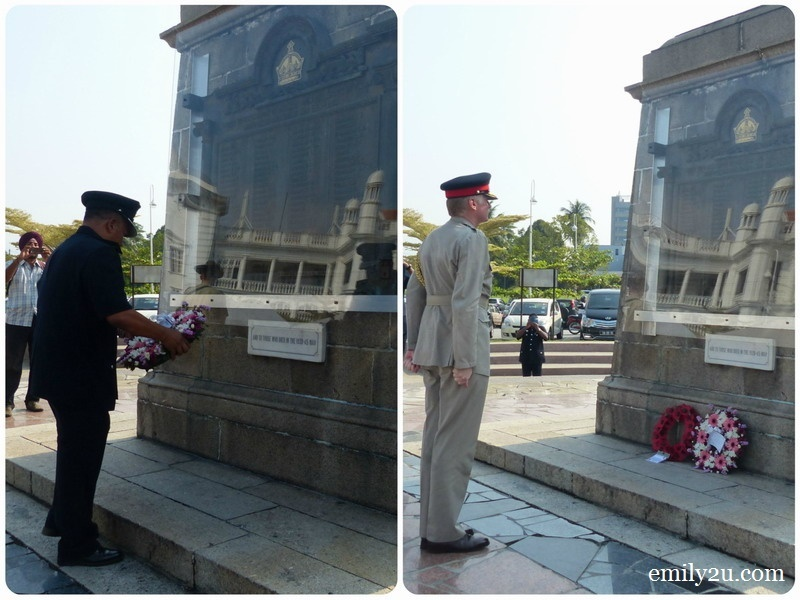 10. laying of wreath by ACP Tuan Razali B. Ibrahim who represented Chief Police Officer Perak, Commissioner of Police Dato' Pahlawan Hasnan bin Hassan & Col. Stephen Hall, Defence Adviser British High Commission (R)