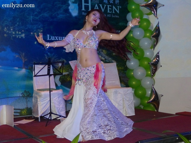 2. belly dancer, Roxanne Tan
