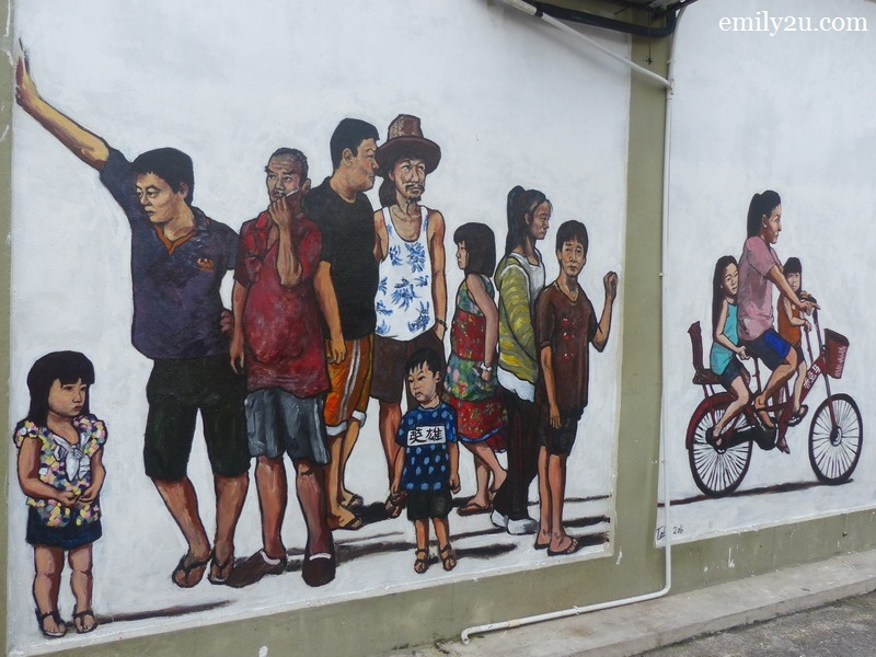 3. wall mural - the children don't look happy