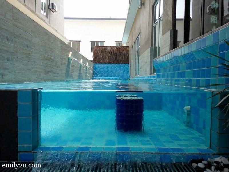 9. dip pool
