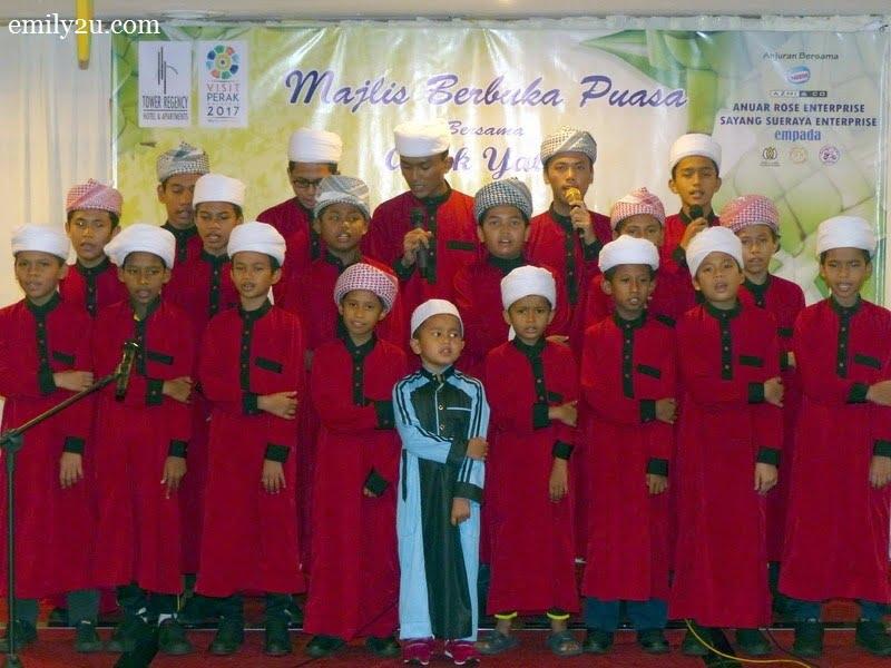 3. nasyid performance by Pertubuhan Kebajikan Anak Yatim Bait Al Amin