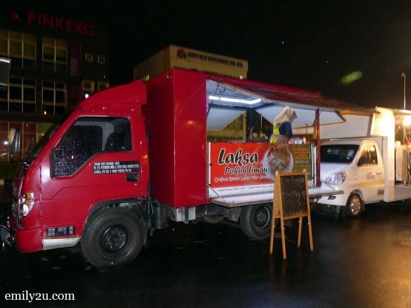 4. Laksa truck