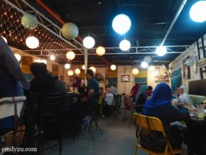 8 Thumbs Cafe Ipoh