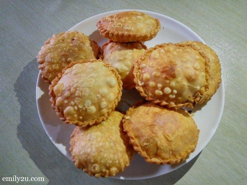 8. karipap cheese @ Warung Pak Din