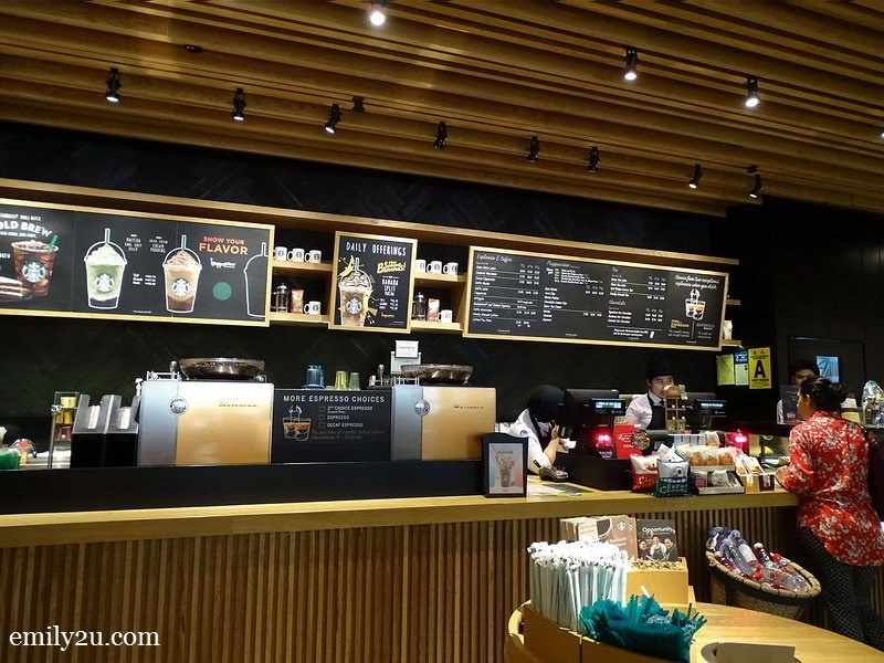 2. the tpical Starbucks counter
