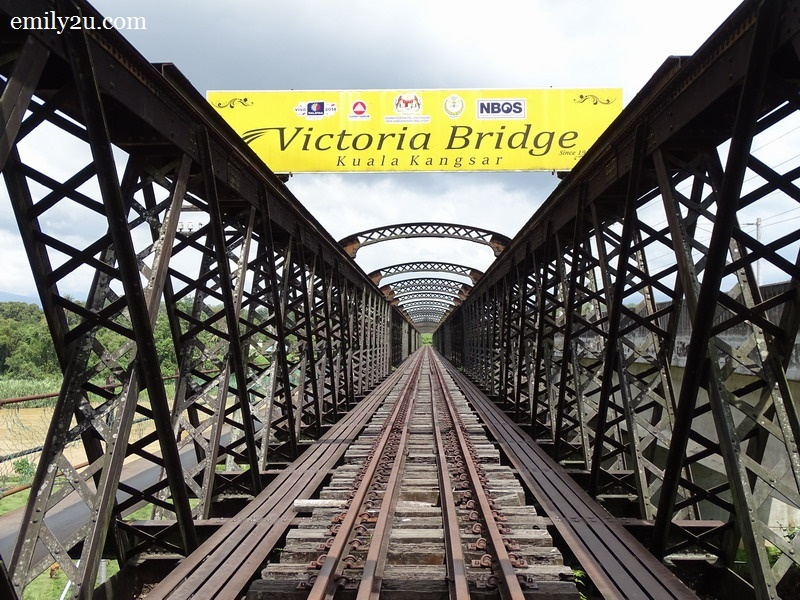 4. Victoria Bridge, Enggor