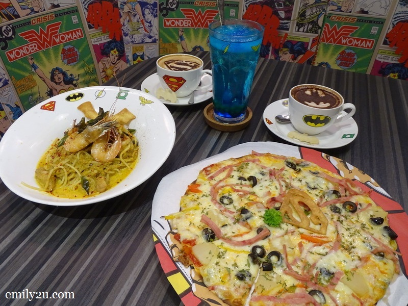 9. Mera's Ocean Magic (L) + Katana Sliced Hawaiian Pizza (R)