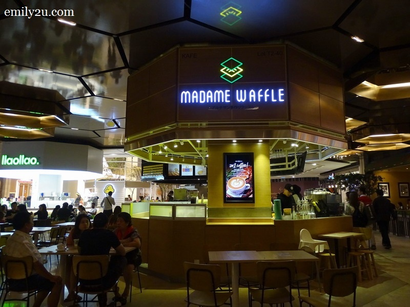 Madame Waffle, SkyAvenue